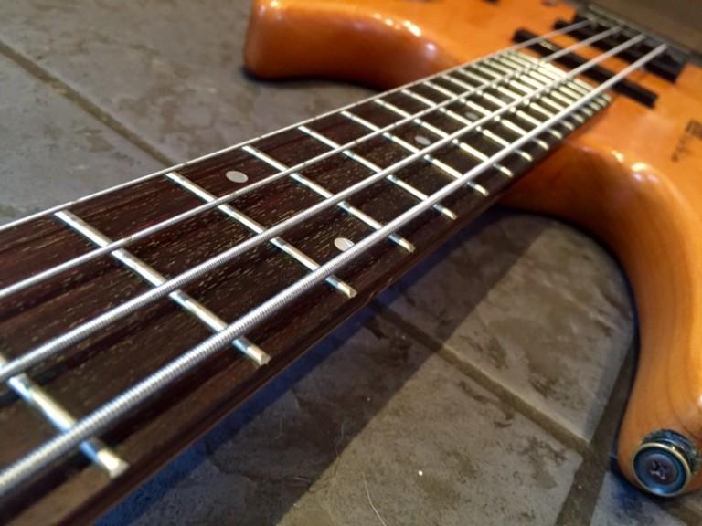 Hohner Jack Custom Headless Bass