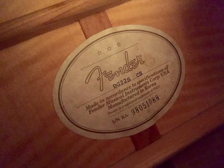 1998 Fender DG22S Acoustic